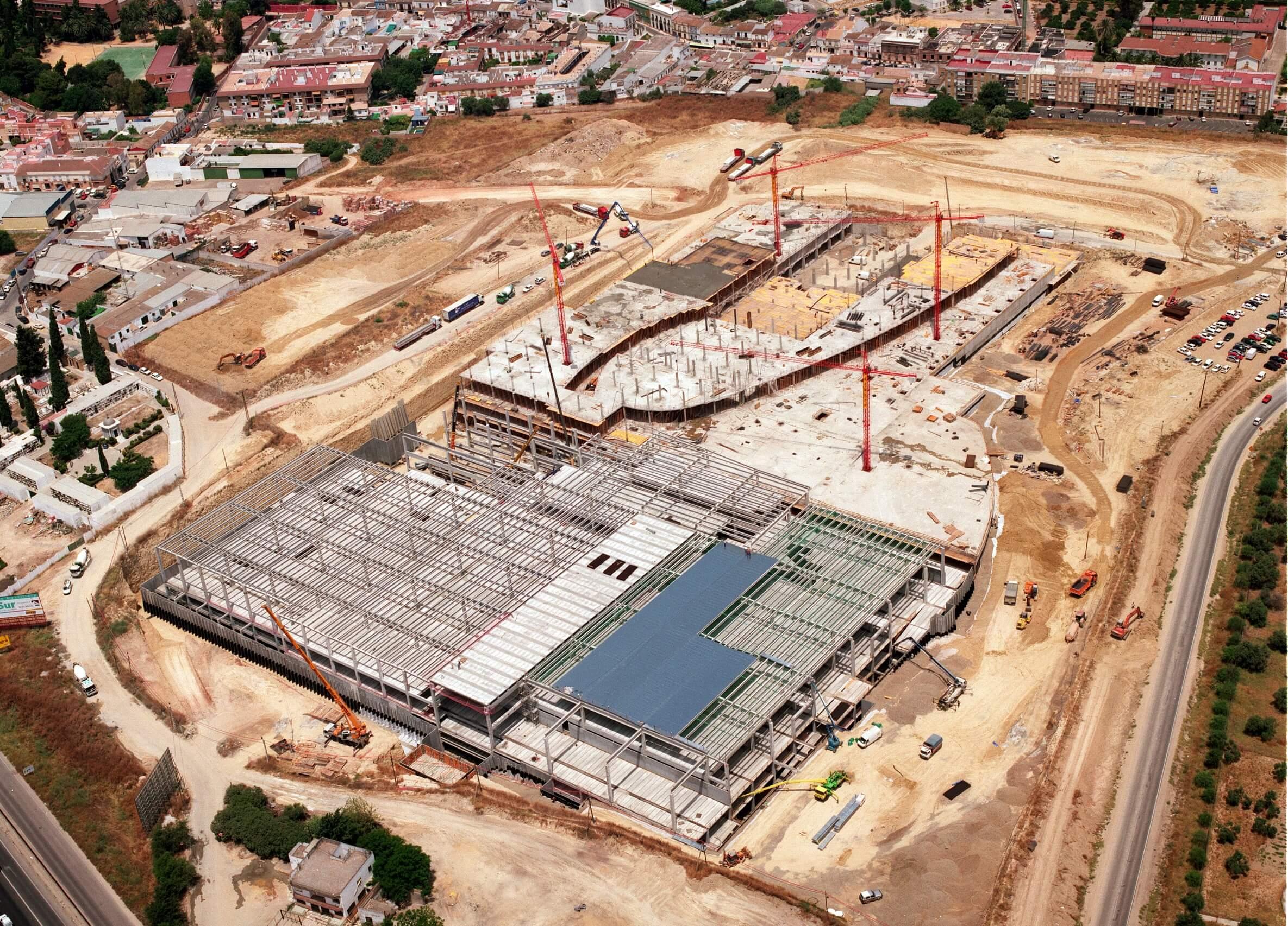 vista aérea de la construcción de IKEA Sevilla